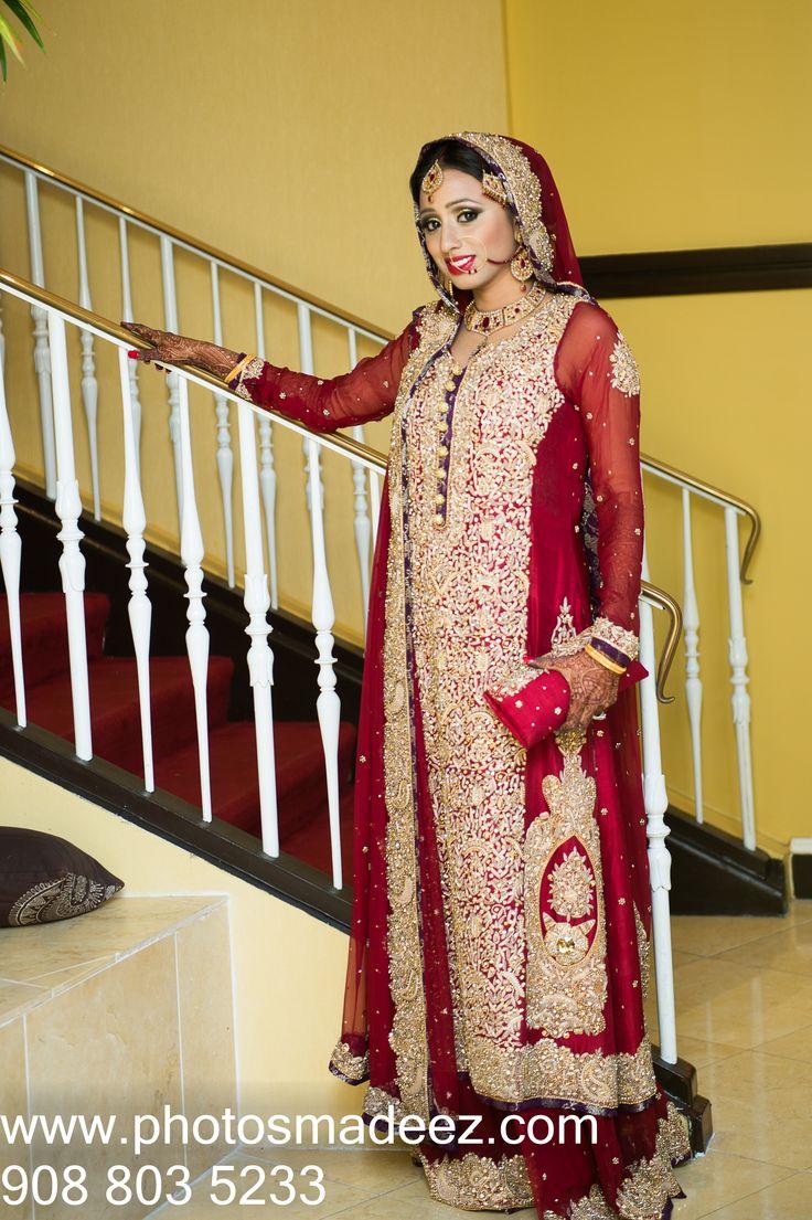 Muslim Bride in Pakistani With fellow vendors Mandaps
