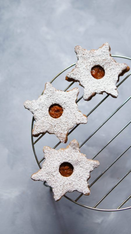Linzer cookies - catalinapenciu.ro