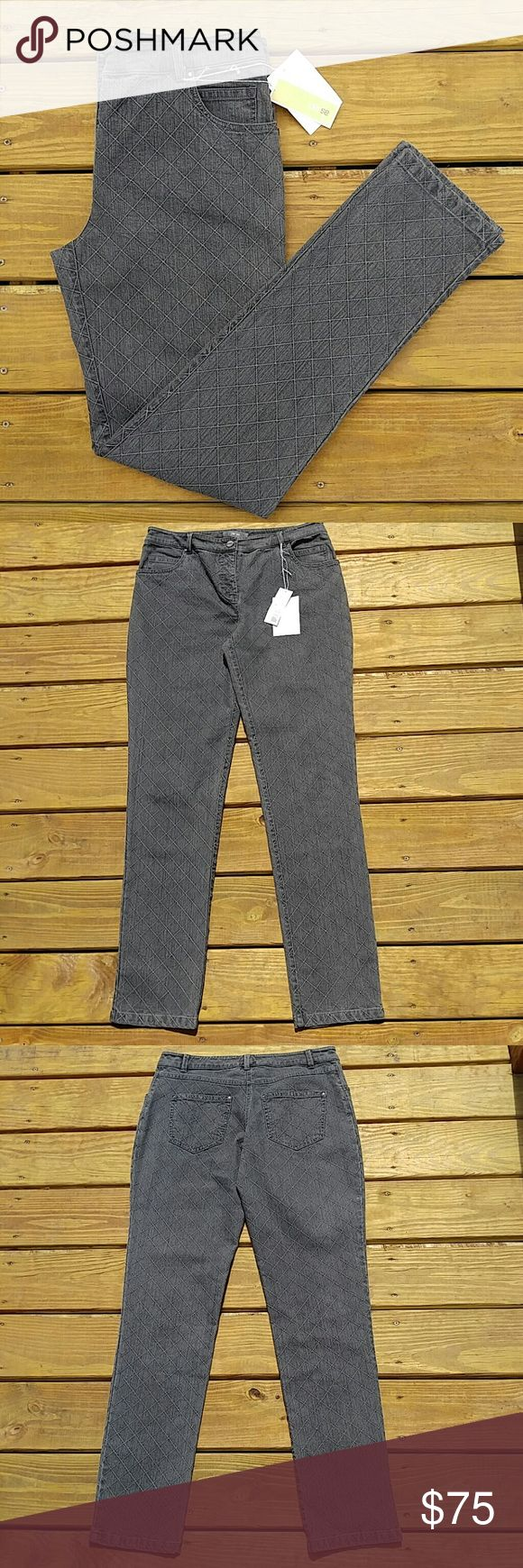 "Per Se Dark Gray Washed Jeans NWT! Dark grey skinny jeans with a washed look to them! They have a cool embroidered, graphic, diagonal windowpane design! Inseam measures 33"" Thanks for looking! Per Se Jeans Skinny"