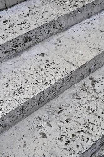 the smithsons, peter and alison smithson, economist building, london 1959-1964 |roach bed Portland stone