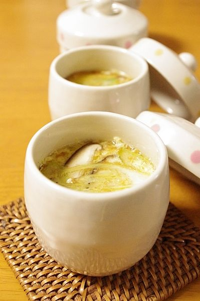 電子レンジだけでぷるぷる茶碗蒸し♪豆腐入り茶碗蒸しのレシピ|CAFY [カフィ]