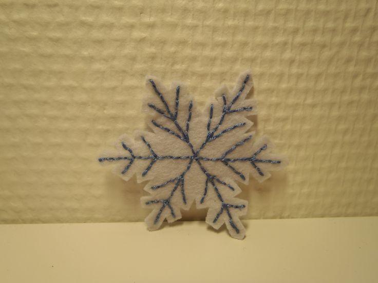 Felt snowflake. Snøkrystall i filt, håndbrodert, etter ide fra pintrest.