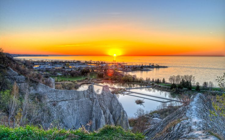 Sunrise Scarborough Bluffs
