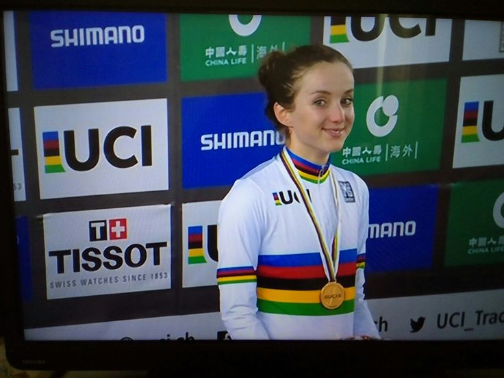 Elinor Barker takes GOLD in the Points Race at the World Championships in Hong Kong 2017