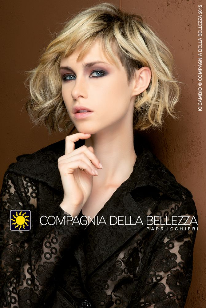 Lob in blonde - linea asimmetrica e basetta HAIR TATTOO che rende il look davvero cool!