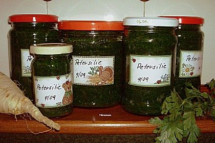 Petersilienpaste, ein beliebtes Rezept aus der Kategorie Haltbarmachen. Bewertungen: 4. Durchschnitt: Ø 3,8.