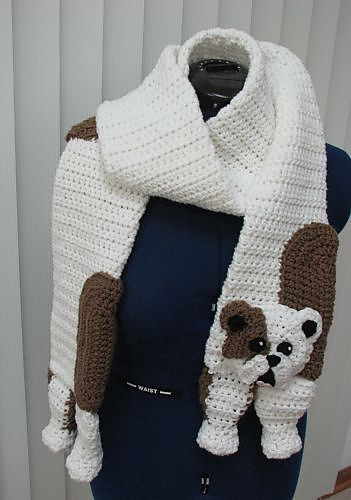 Ravelry:  Bull Dog Scarf and Tote Set by Donna Collinsworth