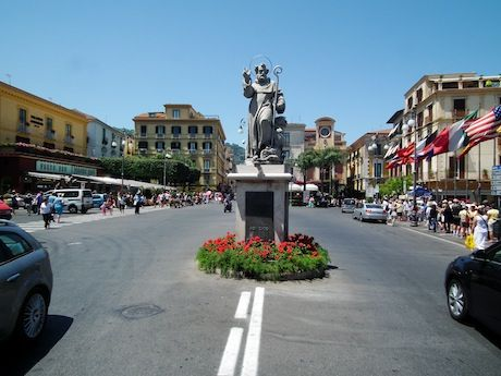 From the Carnival Breeze to a Pretty City in Italy