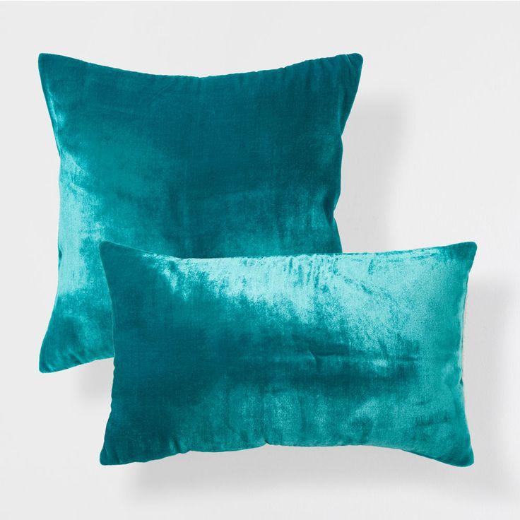 Cojín efecto terciopelo color turquesa