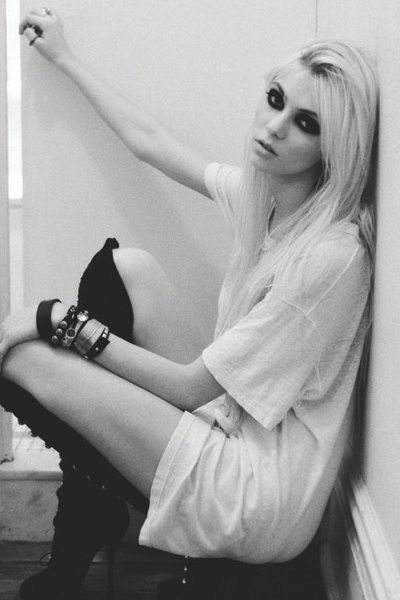 Taylor Momsen. Proving the cute blonde girl can be a hard core bad ass.