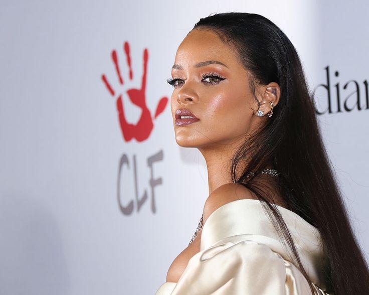 Rihanna lélegzetelállító beauty-pillanatai