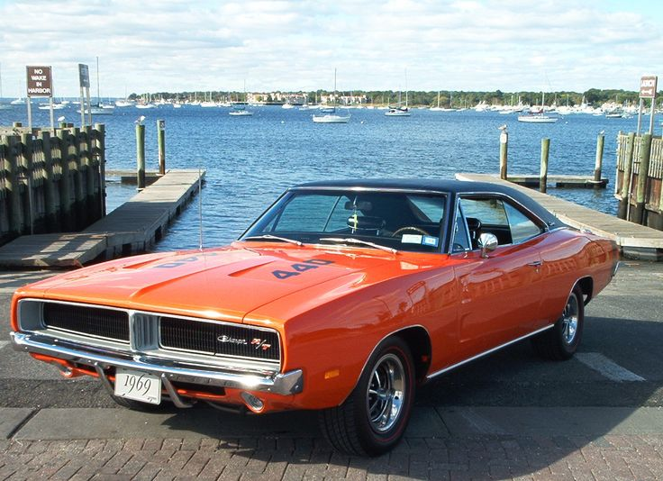1969 Dodge Charger RT - Considered  by many to be the number 1º #MuscleCar of all times.