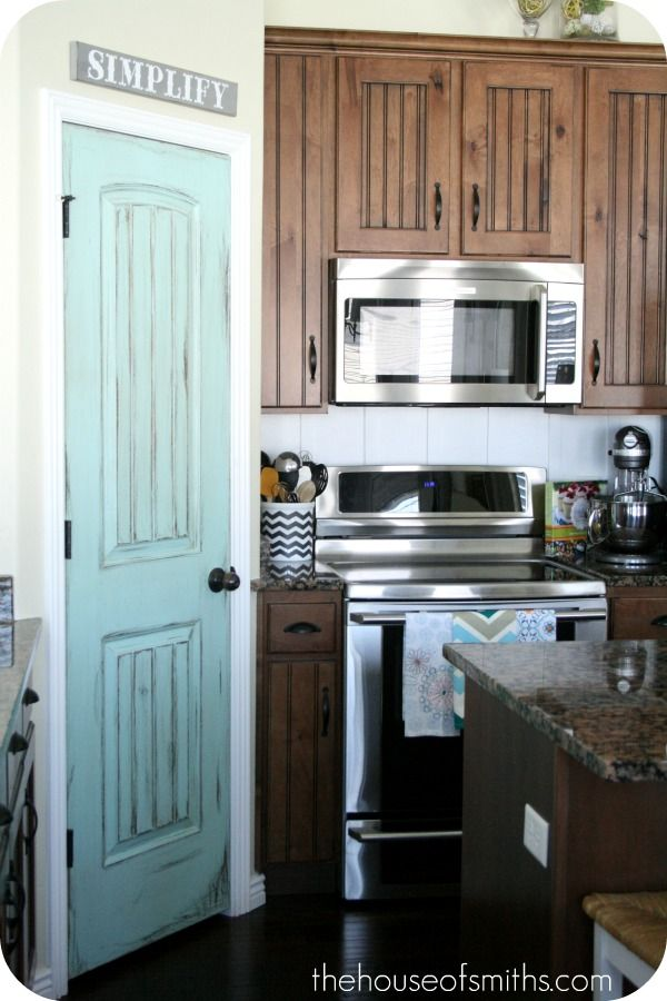 Love This Pop Of Color In The Kitchen So Need To Do This After I