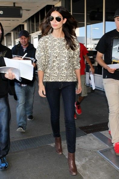 Lily Aldridge Photos: Lily Aldridge Arrives at LAX