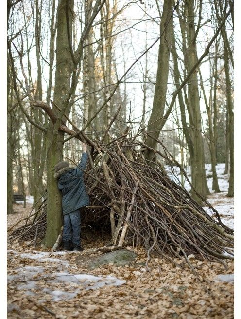 I would love to have natural materials to build with, nothing better than a natural fort!