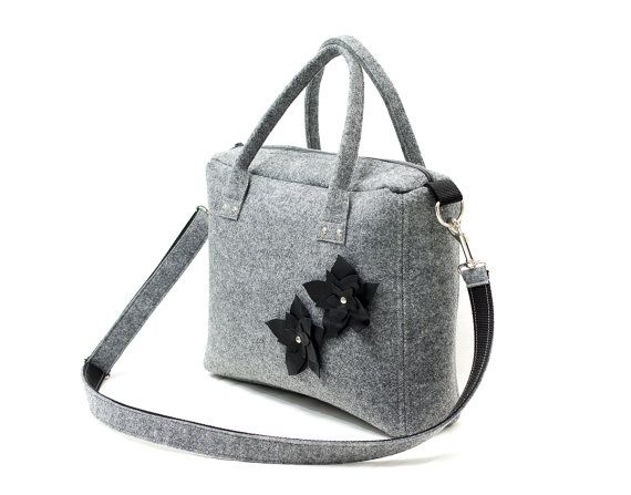 Gray messenger made from rigid felt with leather flowers. Handmade by Anardeko