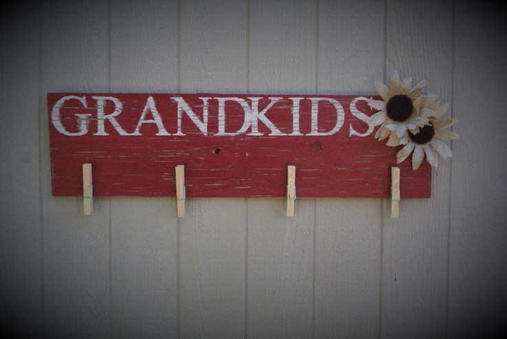 Clothespin picture Frame Grandkids Photo Frames Grandchildren Wall Decor Rustic home decor Farmhouse frame Red wall sign salvaged wood photo by CountryBugCrafts on Etsy https://www.etsy.com/listing/452860306/clothespin-picture-frame-grandkids-photo