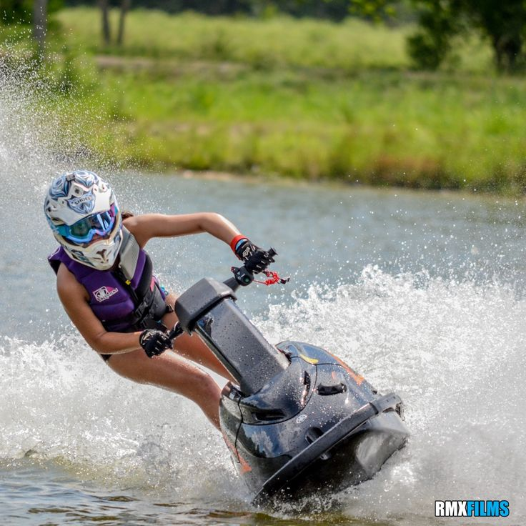Stand Up Jet Skis at 3 Palms in Conroe, TX