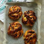 Tangzhong Chocolate Swirl Buns & VonShef Stand Mixer Review - Domestic Gothess