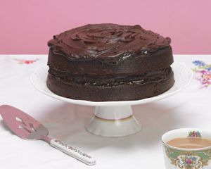 Make Mary Berry's deliciously simple chocolate cake and discover a new family favourite