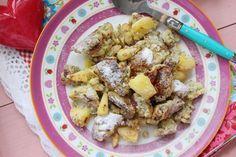 Das warme Apfelfrühstück tut so gut an einem kühlen Herbstmorgen... 1 Portion 1 Ei Größe L 100 ml Milch (oder Sahne) 10 g Kokosmehl 15 g Eiweißpulver Vanil