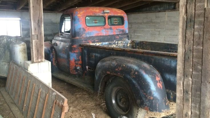 No Reserve Workhorse: 1953 International Harvester - http://barnfinds.com/no-reserve-workhorse-1953-international-harvester/