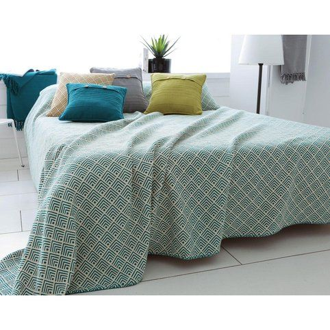 1000 id es sur le th me plaid canap sur pinterest lits for Jete de canape 250x350
