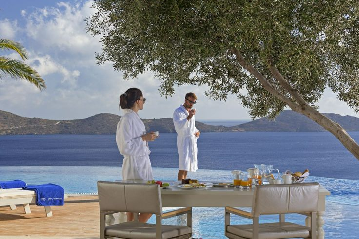 Enjoying breakfast just the two of you...#EloundaGulfvillas #Crete