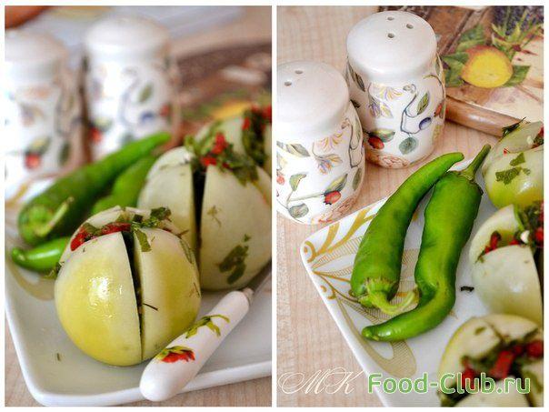 Соленые зеленые помидоры фаршированные петрушкой, чесноком и острым перцем / С овощами и с грибами / Кулинарные рецепты - Фуд-клаб.ру