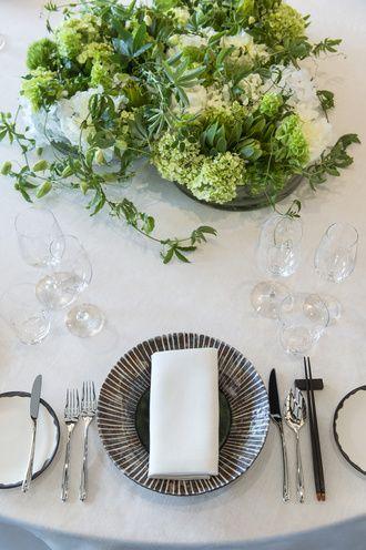 テーブルは飾り立てすぎずシンプルに♪ 東京のおしゃれ結婚式のアイデア一覧。ウェディング・ブライダルの参考に。