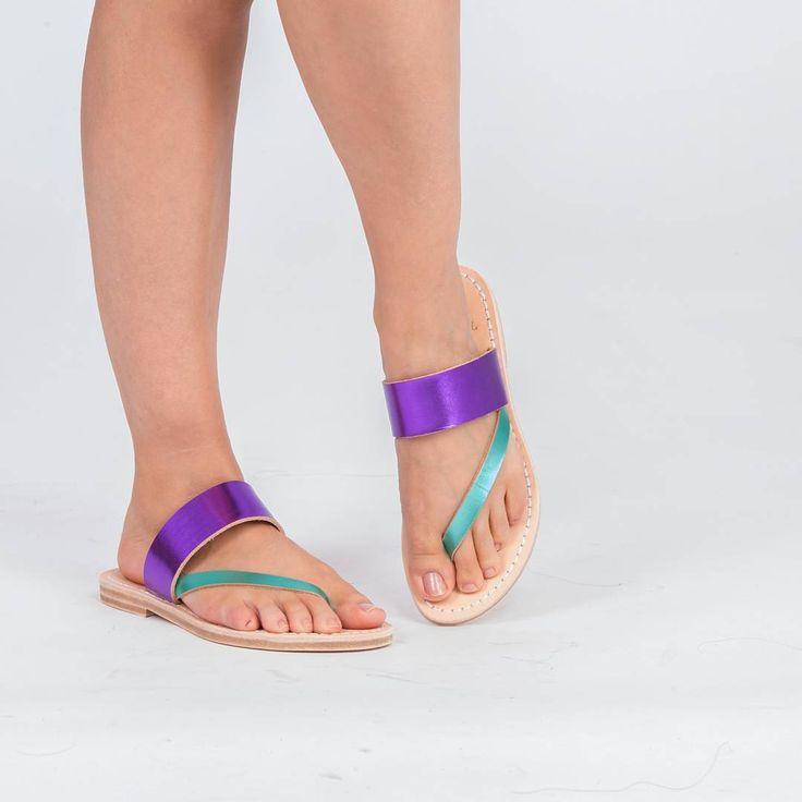 Zarafet ve konfor için Demirel Shoes!  #demirelshoes #demirelshoes2016 #demirel90yil #demirelcitysandals #demirelterlik #demirelvegetalderi #demirelpositano Vegetal Deri'den üretilen Positano Terlik siparişleriniz için whatsapp numaramız: 0 506 364 0143