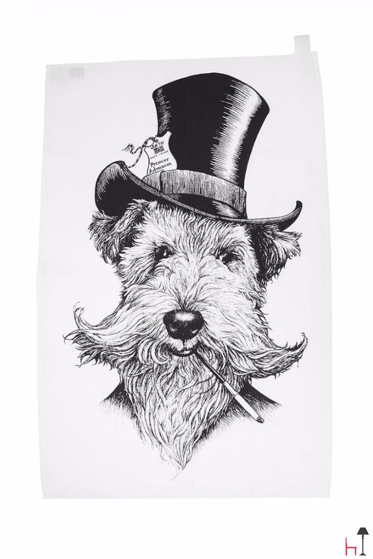 The Sir Lancelot tea towel by Rory Dobner is absolutely perfect to make washing up duties well worth it.