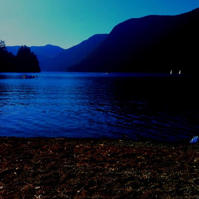 Cameron Lake- Van island