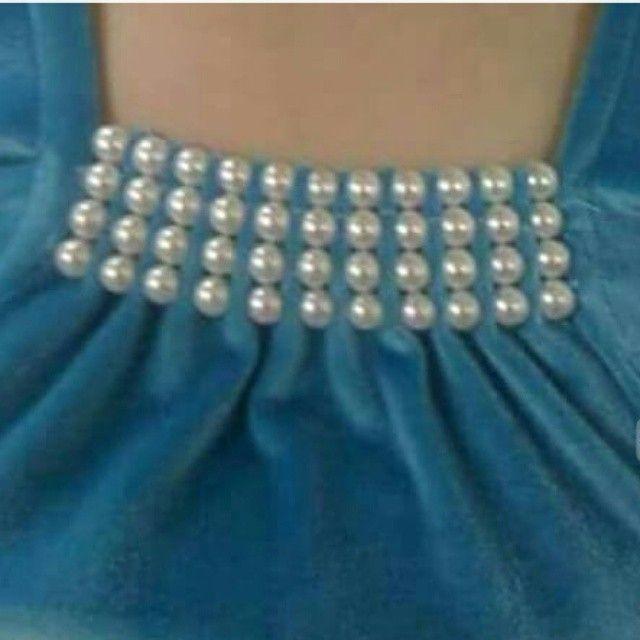 Perfect idea to overcome lose neckline. Delicate n feminine.
