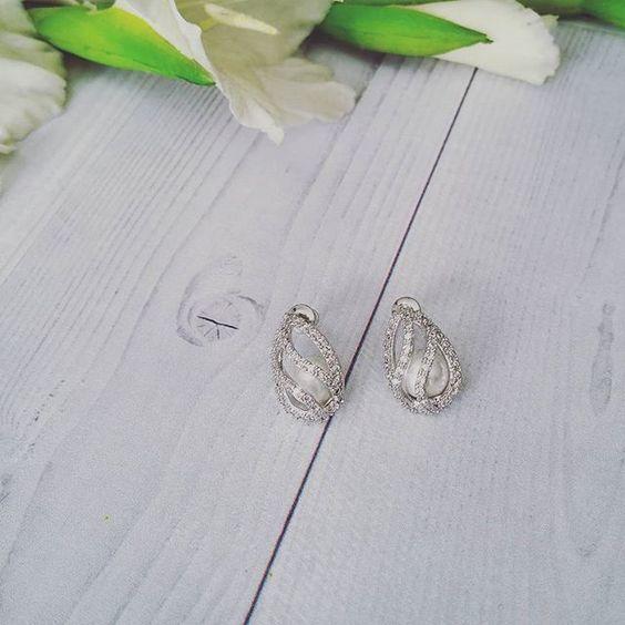 Bridal Earrings   Swirl Pearl Stud Earrings by LITTLE WHITE COUTURE