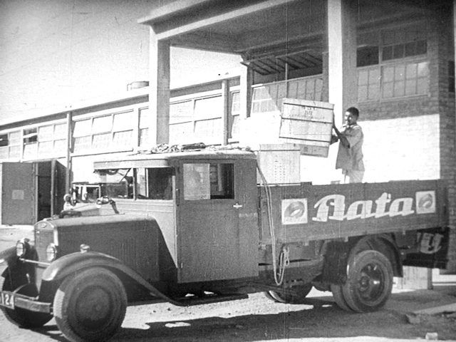 Škoda trucks used by the Bata Shoe Organization, Czech Republic, ca. 1932 #batashoes