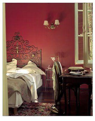 Bedroom design idea for pink-loving sister.