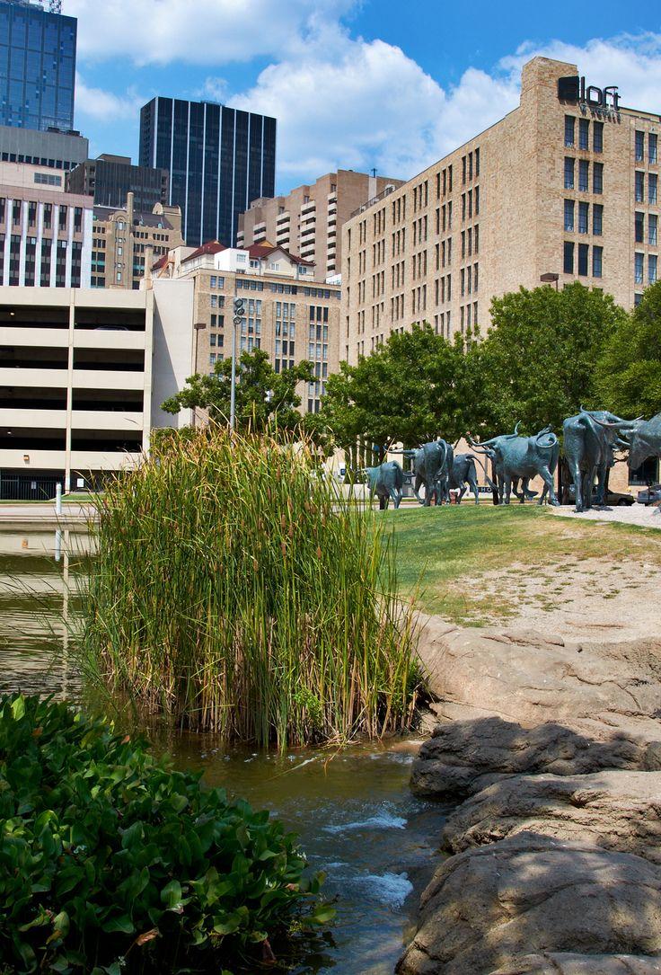 Pioneer Plaza. Dallas, Texas. www.fountainsdallas.com