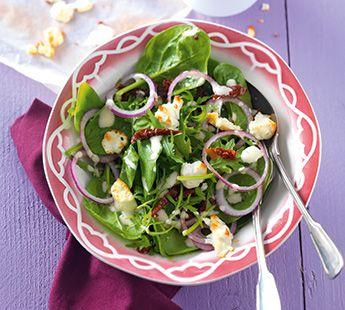 Spinazie-rucolasalade met fetacrumble - Recept - Jumbo Supermarkten