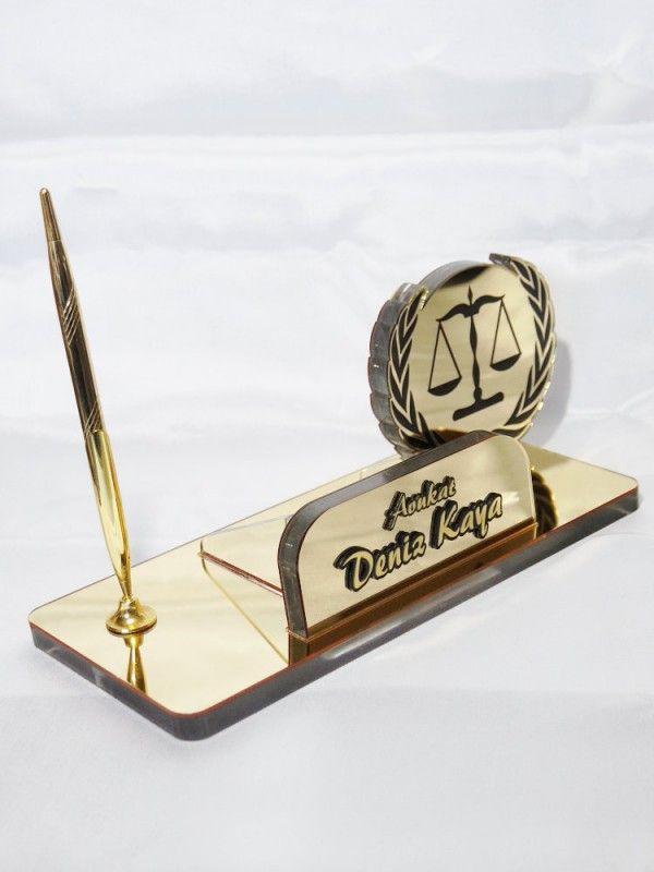 avukata özel masa isimliği
