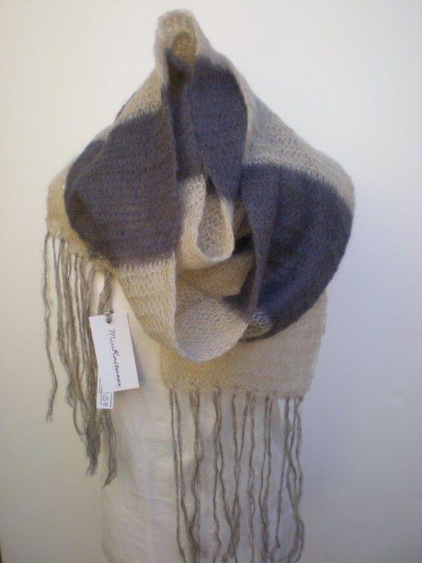 Miss Knitwear W14 Bold scarf