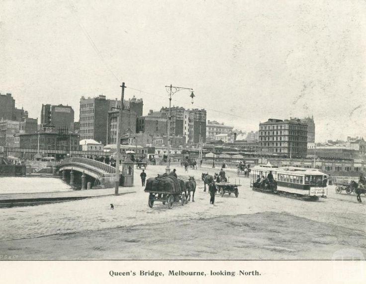 Queen's Bridge, Melbourne, looking north, 1900