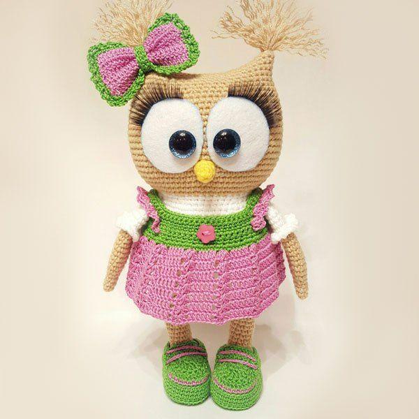 Crochet owl in dress - free amigurumi pattern