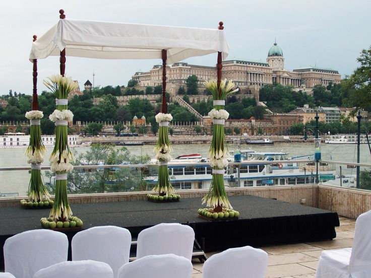 Dream wedding at the Budapest Marriott Hotel