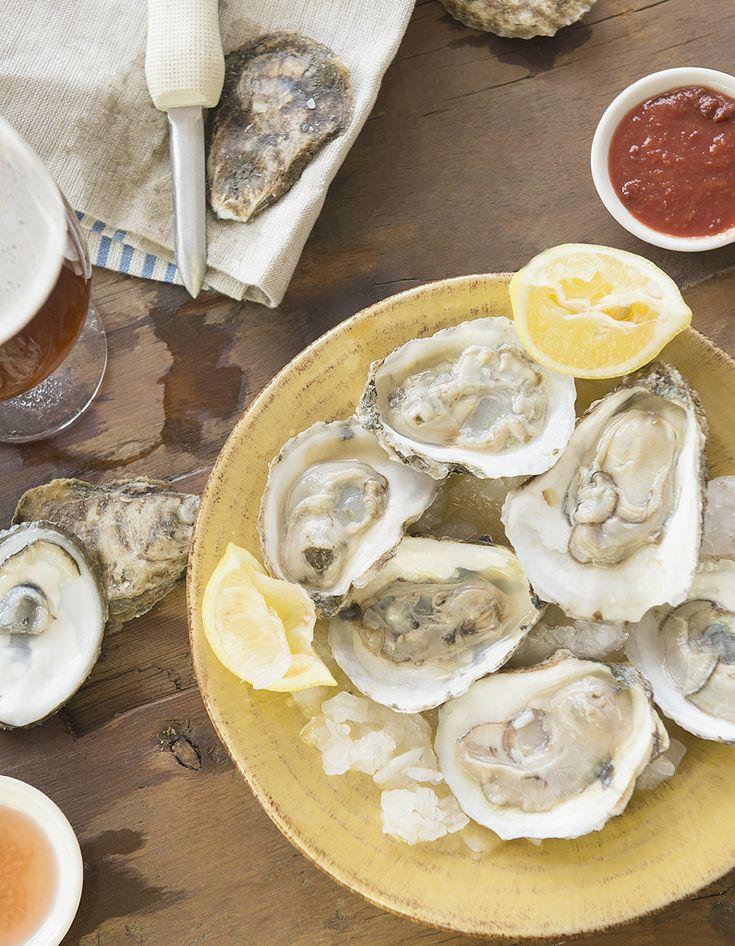 Comment ouvrir des huîtres facilement ? - Elle à Table
