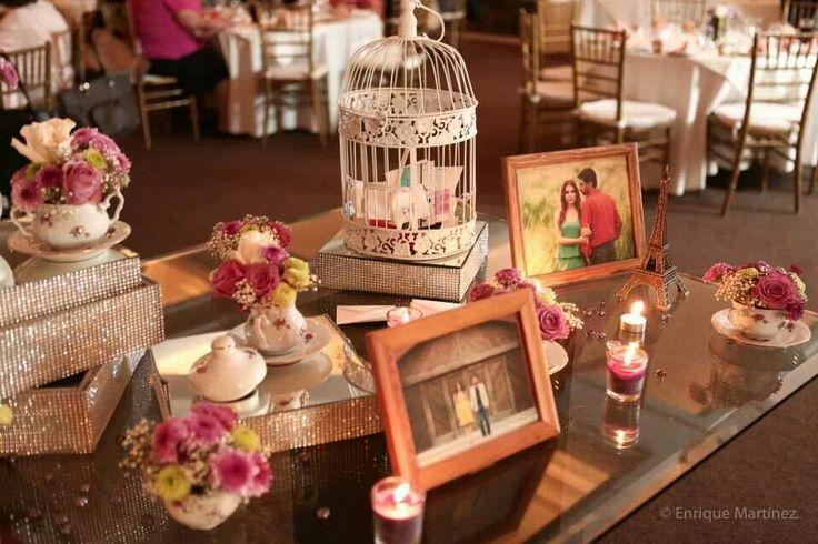 Mesa vintage para despedida de soltera bridal shower - Decoraciones bodas vintage ...