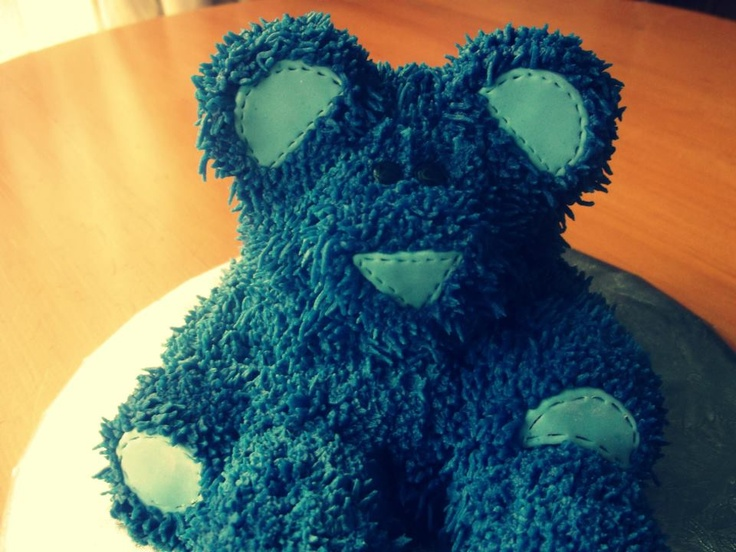 Blue Bear Small Cake - choclate cake piped with vanilla buttercream with Fondant shapes. this is a special cake i made for my little brothers birthday