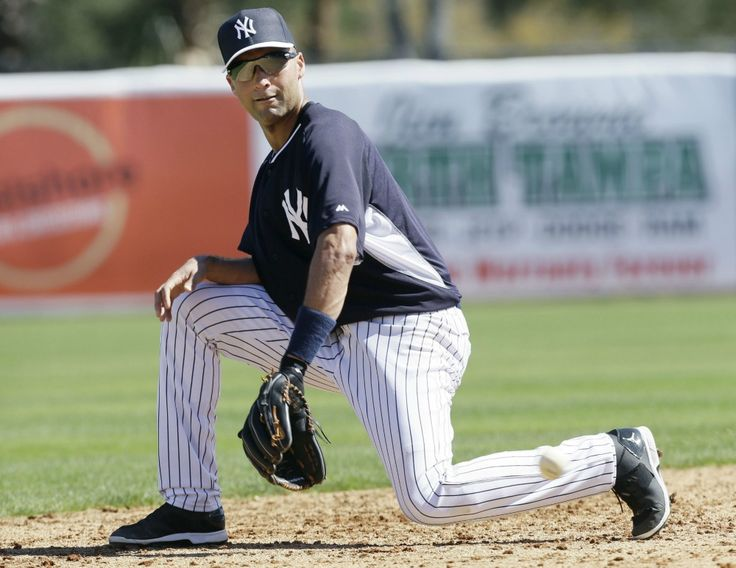 Yankees captain Derek Jeter didn't look his age or show any signs of ...