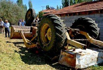 Gölhisar'da Traktörün Altında Kalan Kişi Öldü
