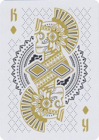 acho esta carta interressante pois retrata indios utilizando os padroes geometricos que sao normalmente caracteristicos da culturas deles. Playing Cards - Release